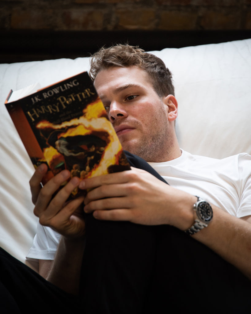 Apart from meditating, Ben finds great relaxation in reading Harry Potter. 'I can just enter a totally different world for a while', he said.