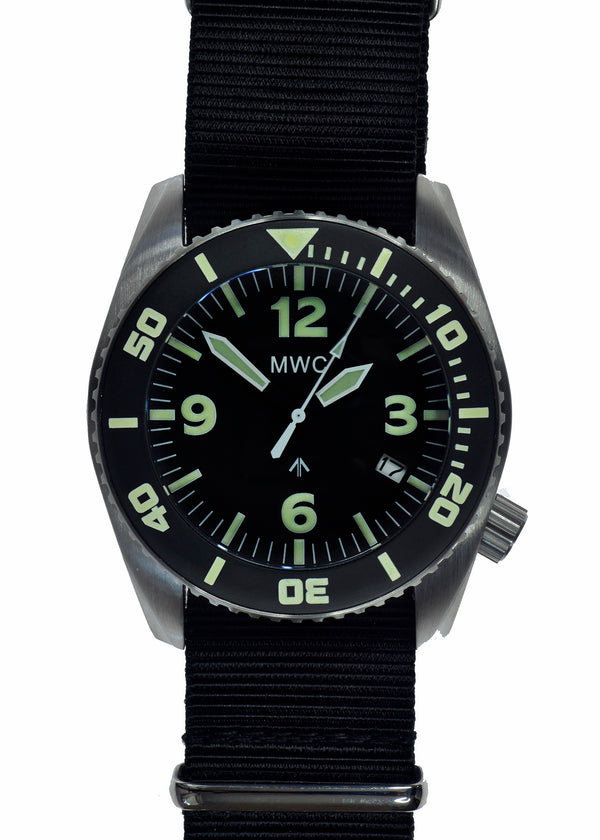 "MWC ""Depthmaster"" 100atm / 3,280ft / 1000m Water Resistant Military Divers Watch in Stainless Steel Case with Helium Valve (Quartz) Ex Display Watch"