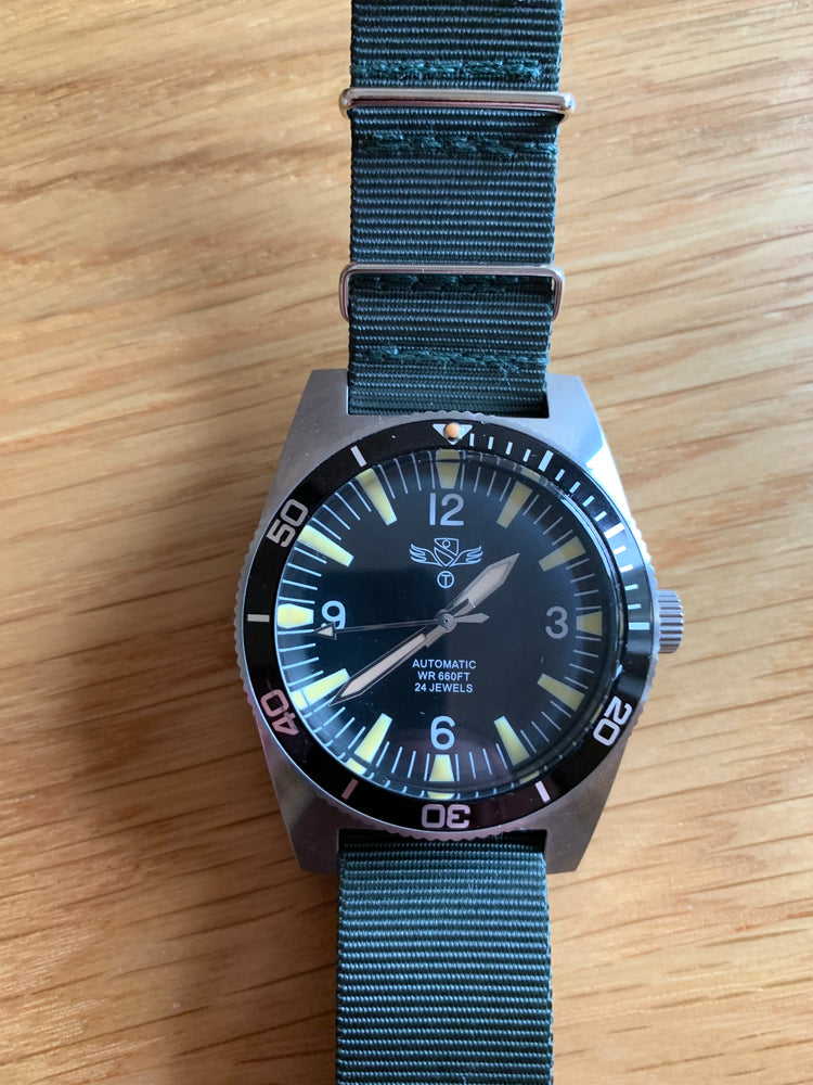 Military Industries 1970s Pattern Automatic 24 Jewel Stainless Steel Divers Watch (Non Date Version) Needs a Check Over