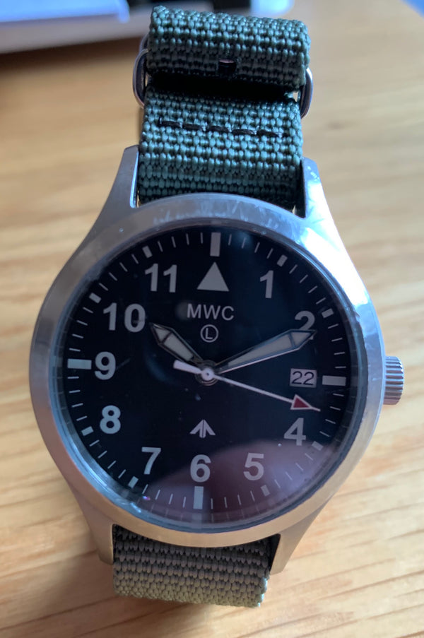 MWC Mk III Stainless Steel 1950's Pattern 100m Water Resistant Automatic Military Watch - Needs Rotor Resetting but Runs