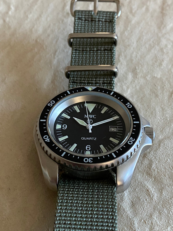 Very Rare MWC 1999-2001 Pattern Quartz Military Divers Watch / Brand New but not running