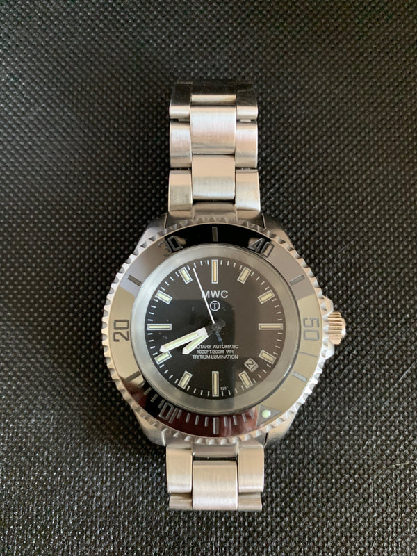 MWC 21 Jewel 300m Automatic Military Divers Watch on Bracelet with Tritium GTLS - Needs Attention