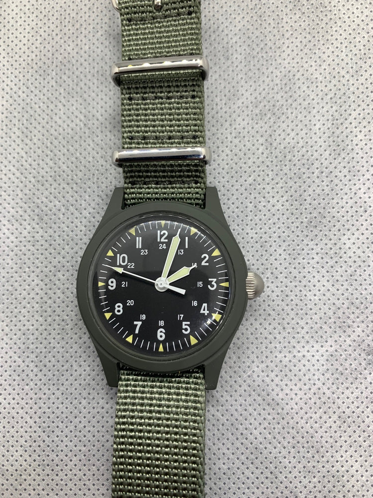 GG-W-113 US 1960s Pattern Military Watch Very Rare Black Model (Handwound) - Might Need a Service