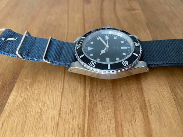 MWC 21 Jewel Automatic Diver on NATO Strap - Runs Fine But around 30 Years Old Crown Needs Attention