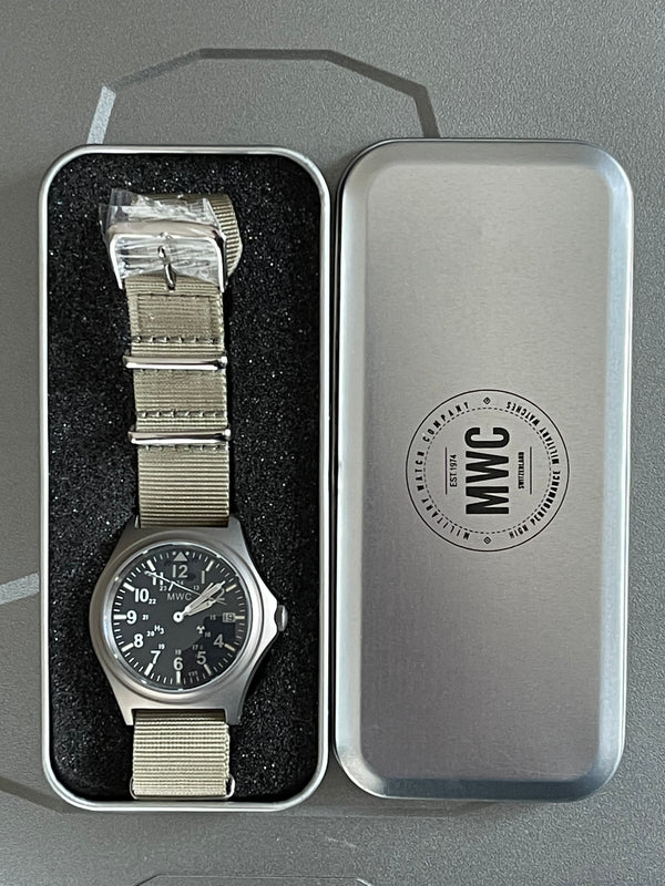 MWC Titanium General Service Watch with 300m Water Resistance, 10 Year Battery Life, GTLS, Sapphire Crystal and 12/24 Dial Format - Second Hand Needs Resetting But Running Fine