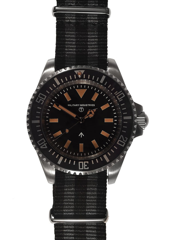 Military Industries 1982 Pattern 300m Water Resistant Military Divers Watch Without Date Window (Automatic) Brand New Ex Display Watch With Bezel Fault