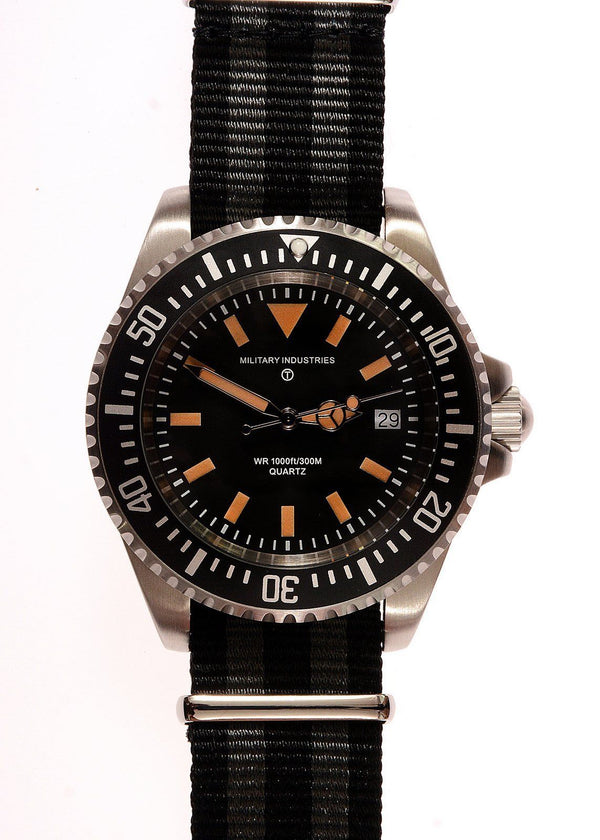 Military Industries 1982 Pattern 300m Water Resistant Military Divers Watch (Ex Display) 50% Off
