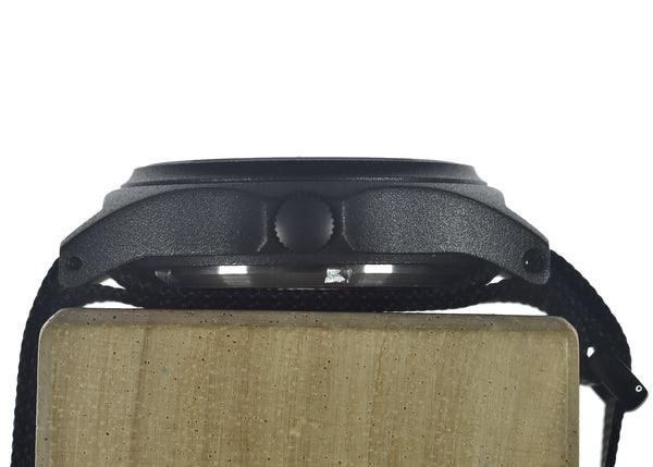 MWC G10 100m PVD Stealth Military Watch with Screw Crown & Caseback - Might Need a Check over but seems fine