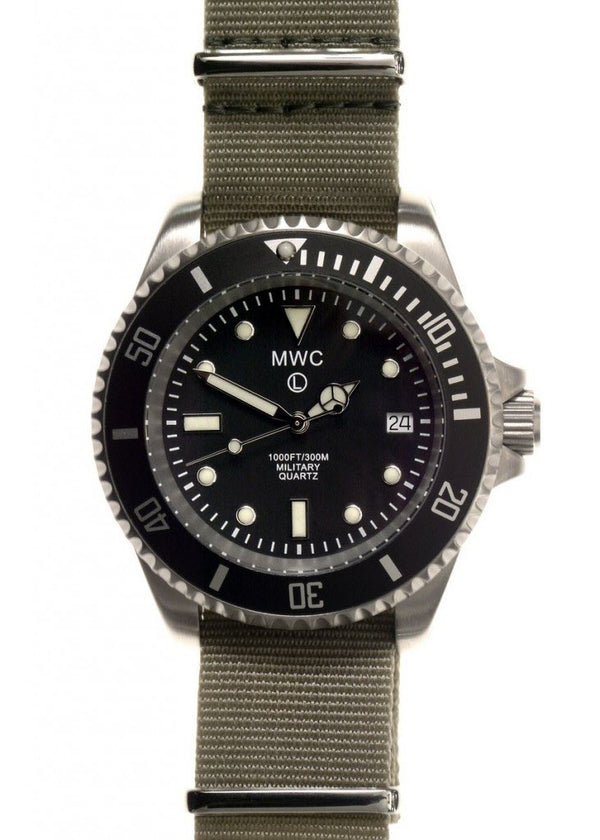 MWC 300m / 1000ft Stainless Steel Quartz Military Divers Watch (Unbranded)