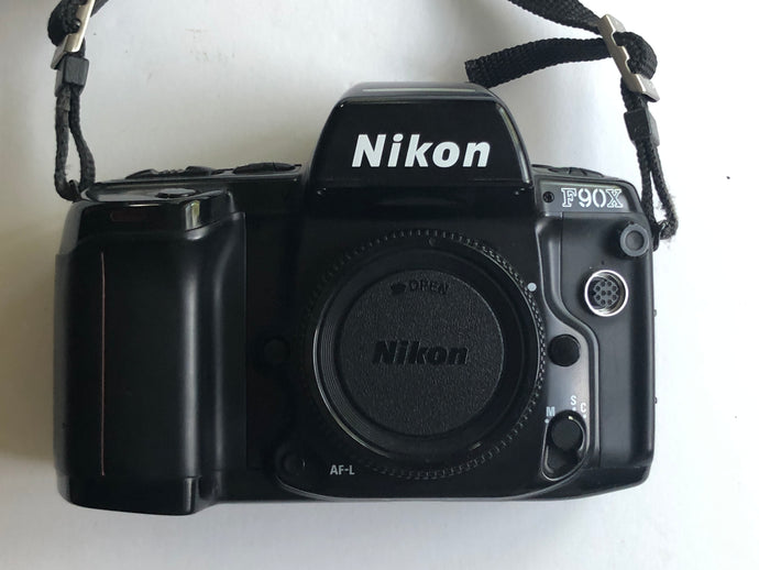 GOOD Nikon F90X body only