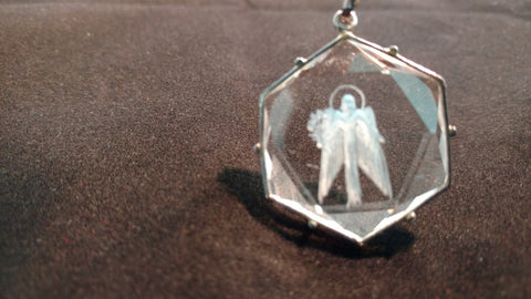 #1071H. Archangel Raphael Quartz Medallion. Silver 20mm