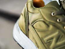 Load image into Gallery viewer, New Balance 991 - OLIVE NYLON
