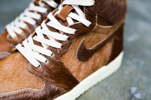 "Load image into Gallery viewer, Nike Air Jordan 1 - ""CHEWBACCA"""