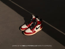 Load image into Gallery viewer, Nike OG Air Jordan 1 Hi 1985 Shoe Last (Tendo Hinge)
