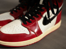 Load image into Gallery viewer, Nike OG 1985 Air Jordan 1 Hi (Chicago) - Shell Cordovan