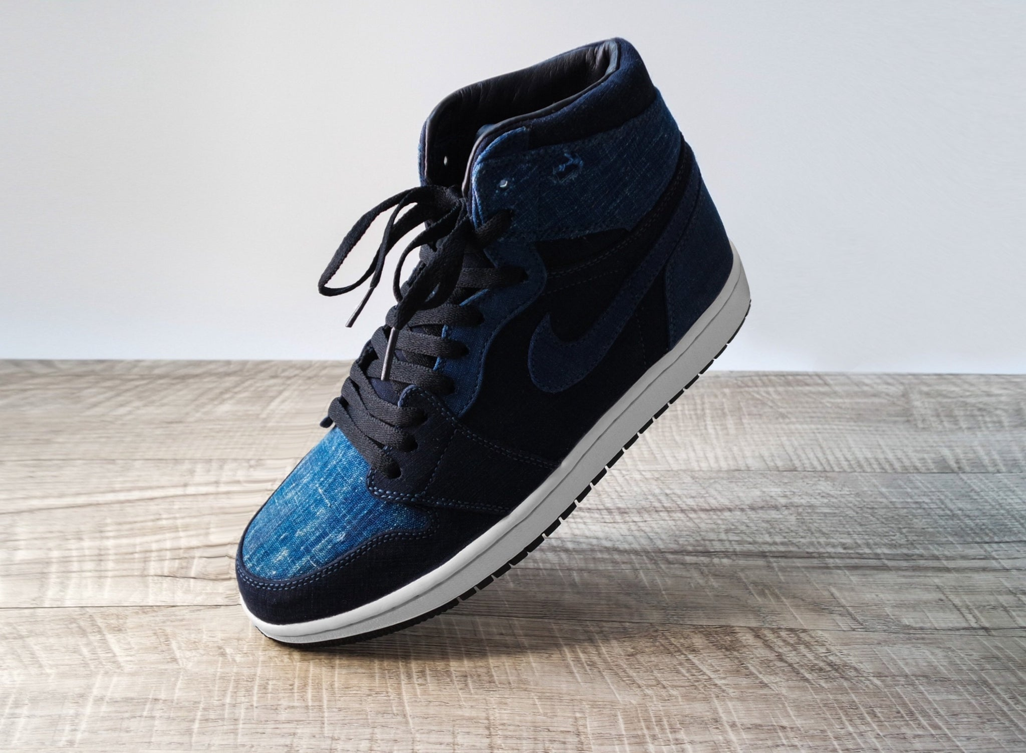 cheap for discount c0161 8b15a Load image into Gallery viewer, Nike Air Jordan 1 Retro HI OG - Japanese  Vintage ...