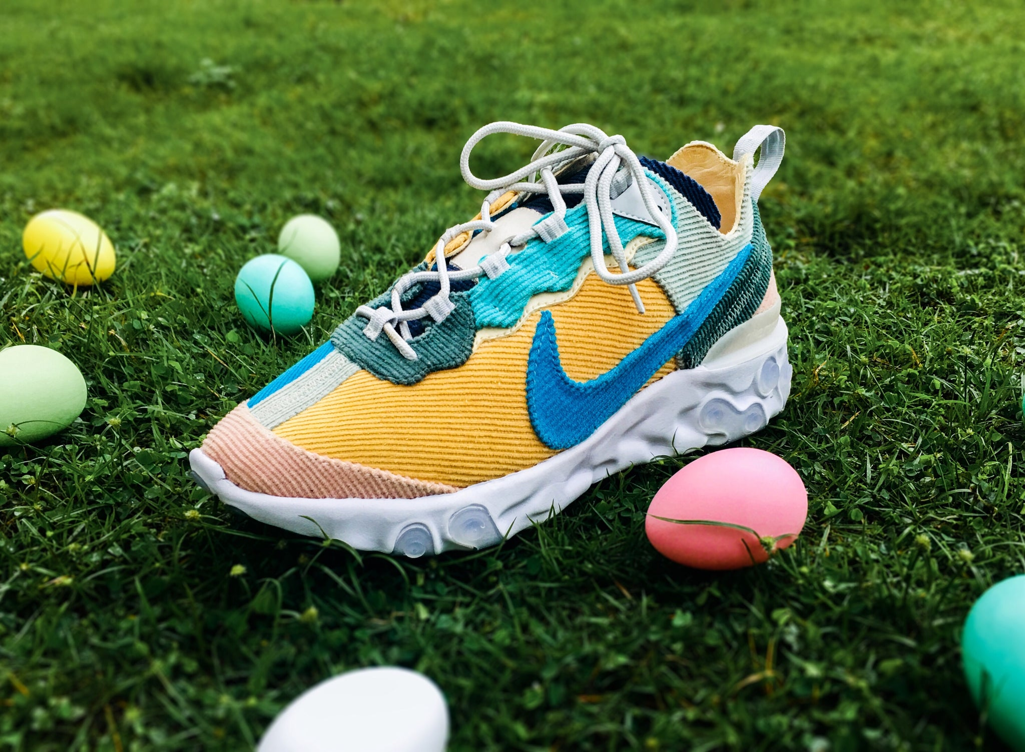 Nike React Element 87 - Easter Corduroy – XYLAR
