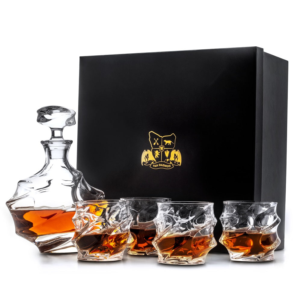 "Whisky Decanter (750ml) and Set of 4 Glasses (300ml) ""Cradle Mountain"". Lead Free Crystal by Van Daemon for Spirits."