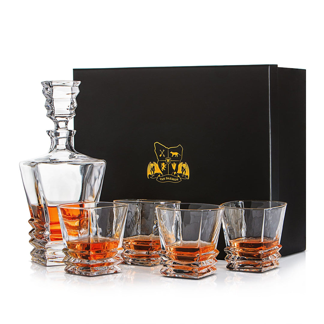 Whisky Decanter (750ml) and Set of 4 Glasses (300ml). 'Hobart' Lead Free Crystal by Van Daemon for Spirits.