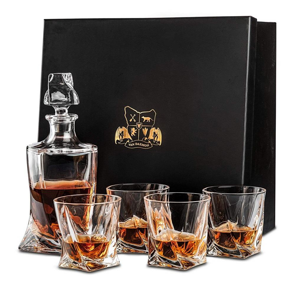Whisky Decanter (750ml) and Set of 4 Glasses (300ml). Lead Free Crystal by Van Daemon for Spirits.