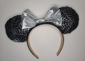 Spiderweb Minnie Ears