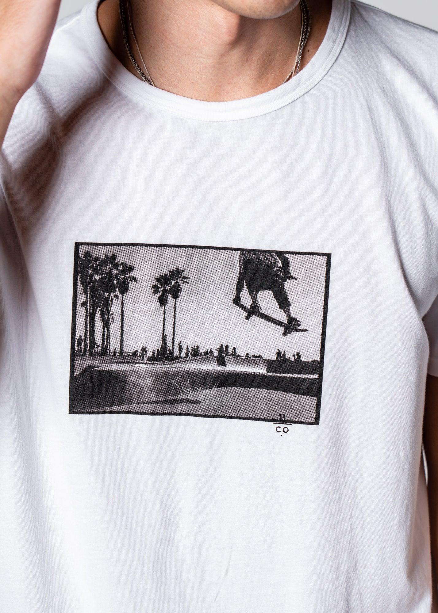 Limited Edition Summer Graphic — LA001