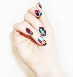 Non tacky nail designs, because, you are a classy lady.