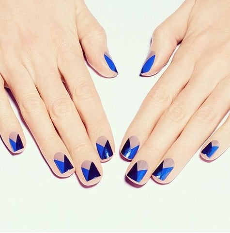 blue geometric nail design
