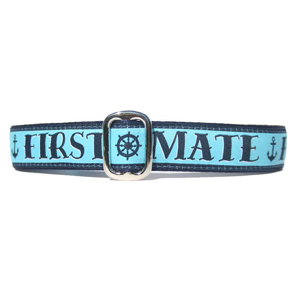 Light and Navy Blue First Mate Anchor Nautical Sailing Dog Collar