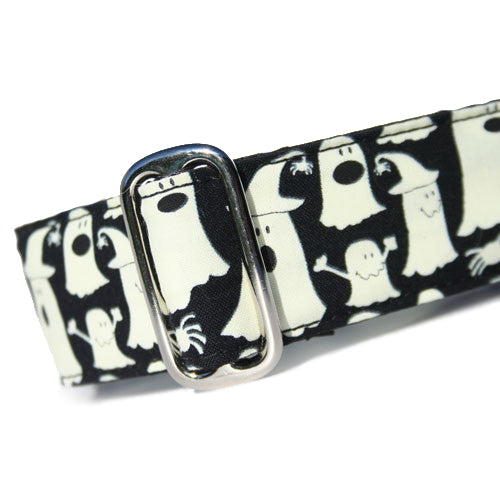 Glowing Ghosts Buckle Collar