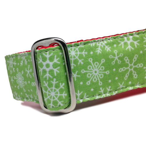 Buckle Dog Collar Holiday Snowflakes | Classic Hound Collar Co.