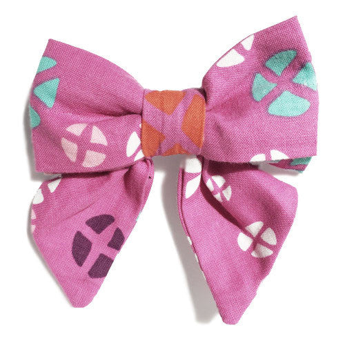 Collar Bow - Hot Cross Buns