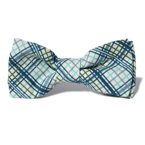 Dog Bow Tie Plaid Winter | Classic Hound Collar Co.