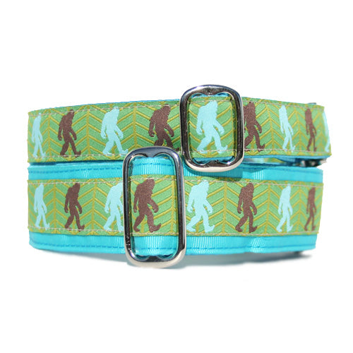 Bigfoot Buckle Collar