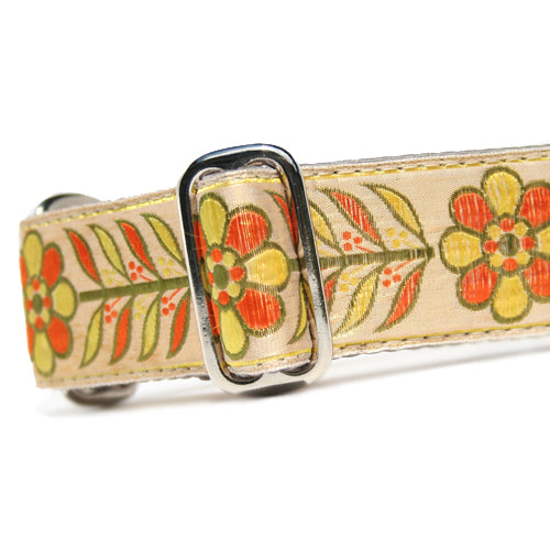 "1.5"" Satin-Lined Peace Blooms Martingale"
