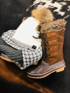 Brown Snowboots