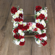 Load image into Gallery viewer, Fresh hand made floral letters