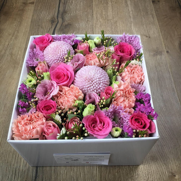 CUSTOM BOX OF FLOWERS WITH LID