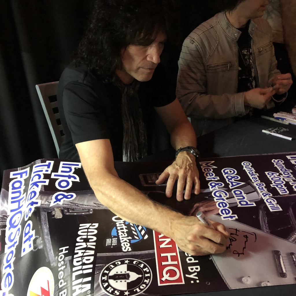 Tommy Thayer Signed Items
