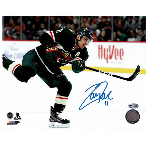 Zach Parise Autographed Minnesota Wild 8x10 Photo Shooting