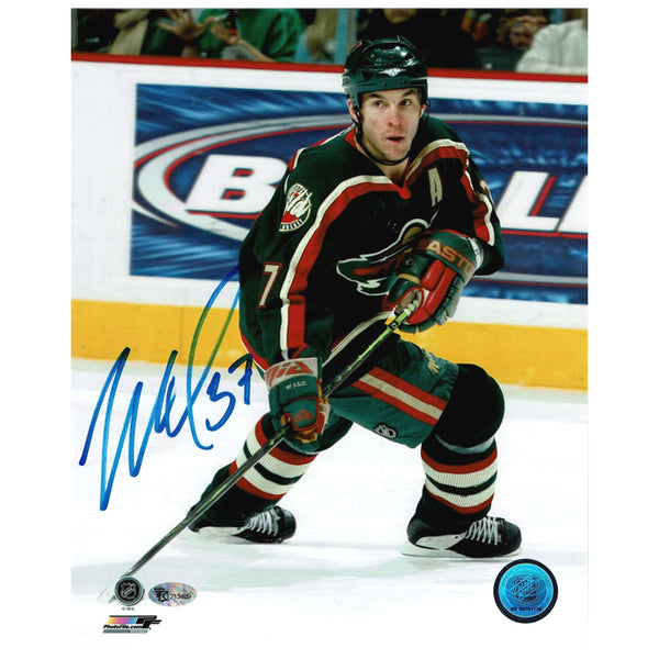 Wes Walz Autographed Minnesota Wild 8x10 Photo Green Jersey