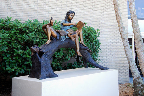 Manatee Library Sculpture - Girl & Boy Reading 2