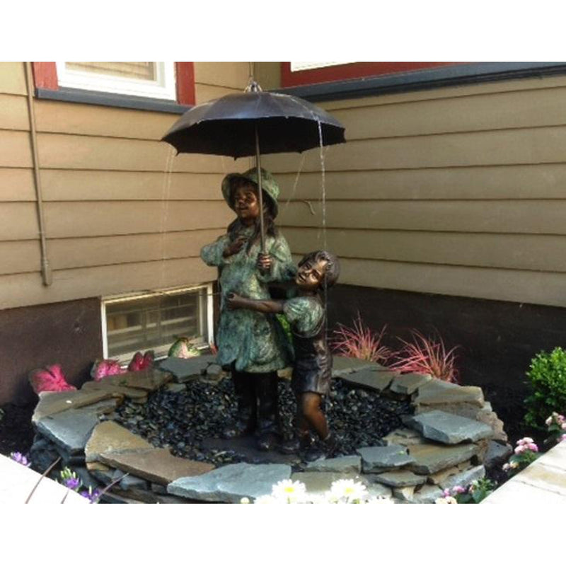 Children Holding Umbrella Bronze Fountain