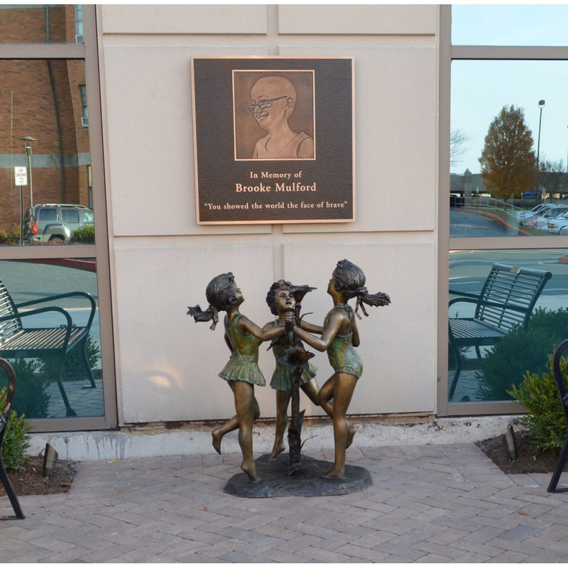 Bronze Statue of Three Girls Dancing and Playing Bronze Fountain