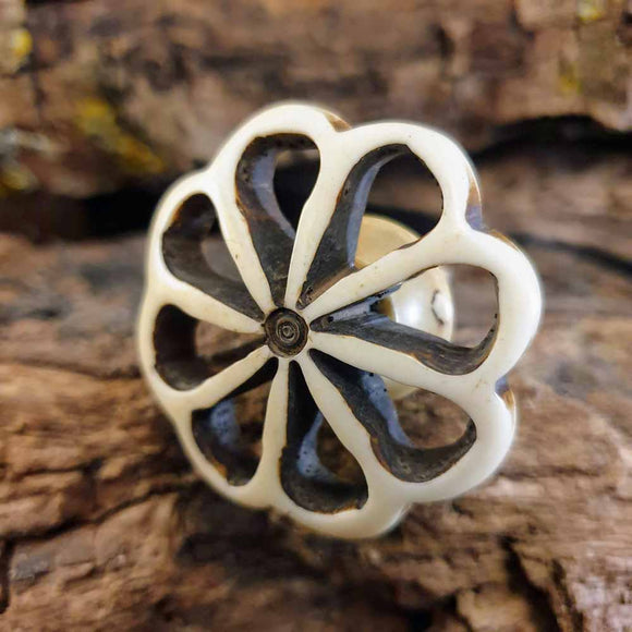 Resin Carved Flower Door / Drawer Knob -  Hooks Knobs