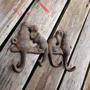 Cast Iron Otter Hook