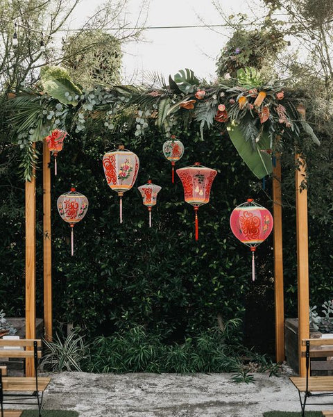 Chinese Wedding Banquet Decorations, Red Lanterns Ceremony Backdrop