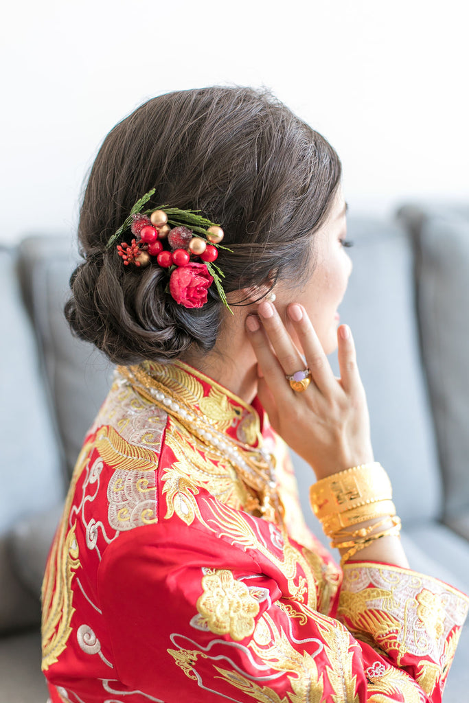 Chinese Bride Wearing Wedding Qun Kwa with an Updo