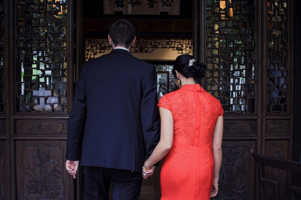 East Meets Dress Nature Inspired Taiwanese American Wedding with a Modern Cheongsam