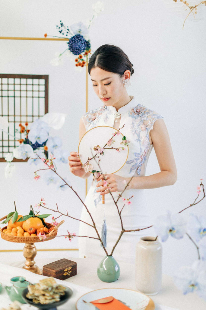 Chinese Wedding Tradition Ideas, Modern White Cheongsam Qipao